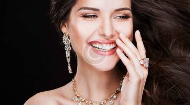 """3 Reasons Why You Should Own """"One of a Kind"""" Jewellery Pieces"""